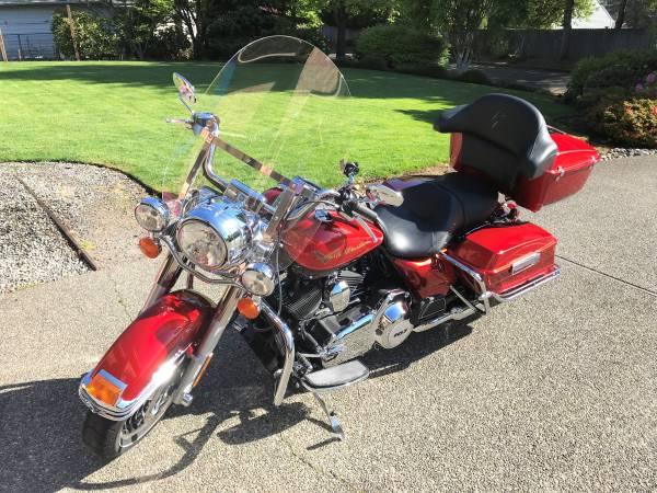 Photo 2013 Harley Davidson Road King (Mint) 5,300 miles - $12,800 (Brier)
