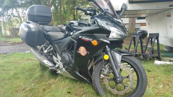 Photo 2013 Honda CBR500R 18,000 miles - $5,000 (Everett)
