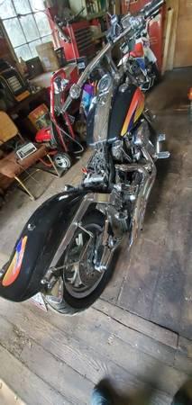 Photo 99 Harley Davidson Softail Custom - $3,000 (Lake stevens)