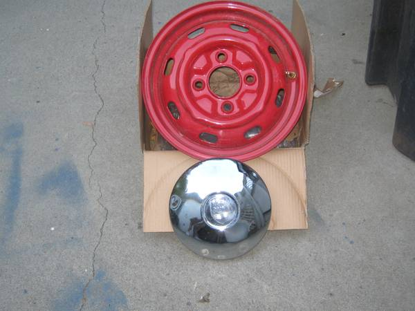 Photo FOUR NEW POWERED COATED WHEELS AND HUBCAPS FOR 4 LUG VOLKSAWAGEN - $150 (KENNEWICK,WASHINGTON)