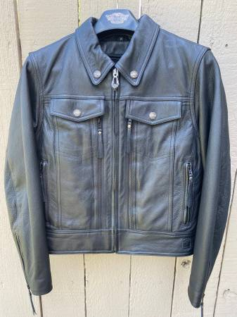 Photo Harley Davidson Leather Jacket Womens Size M Like New - Used - $150 (Yakima)
