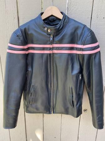 Photo MB Montana Leather Jacket Womens Size M Like New - Used - $75 (Yakima)
