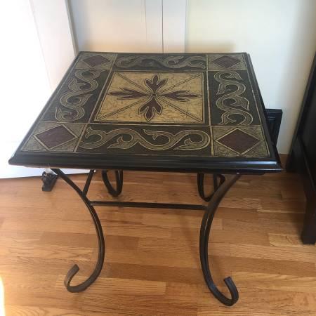 Photo Pier 1 Coffee Table  End Table Set - $100 (Yakima)