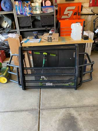 Photo Ranch Hand Grill Guard for a Ford - $350 (Ellensburg)