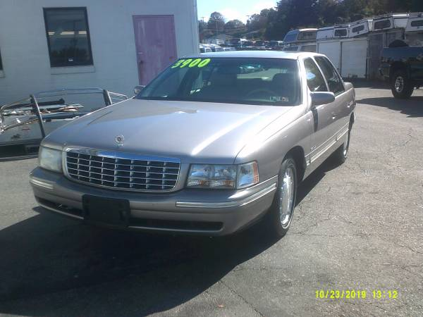 Photo 1997 Cadillac Deville , sedan - $3500 (York , Pa)