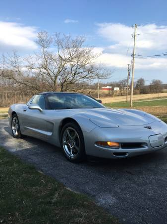 Photo 2001 chevy c5 corvette hatchback - $14500 (fawn)