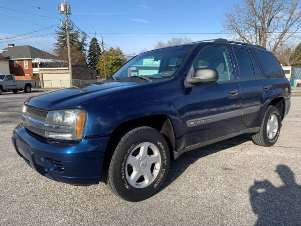 Photo 2003 CHEVY TRAILBLAZER - LS - 4.2L I6 - GREAT CAR FOR THE PRICE - $3995 (YORK, PA)