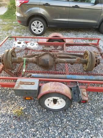 Photo 77 78 79 Chevy K20 K30 14 Bolt Rear Axle - $160 (Dover PA)