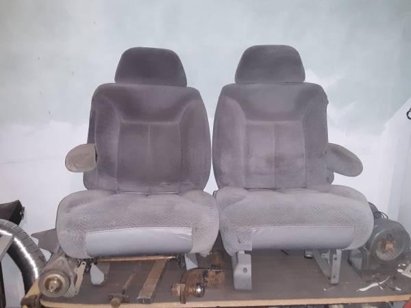 Photo 96 Chevy CK bucket seats - $100 (Felton)