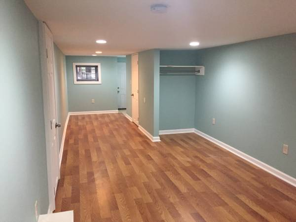 Photo Basement Room for Rent - Private Bath - Utilities, Wifi, Laundry (Baltimore City - West)