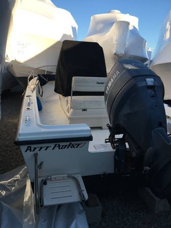 Photo Coming Soon 2000 Parker 1801 Center Console (MM Boat Sales and Service)