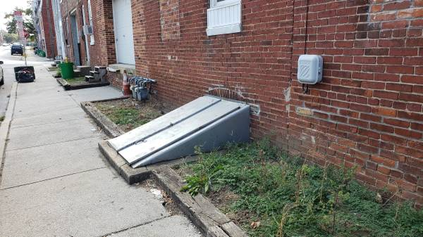 Photo Contractor Storage Warehouse Basement Garage for Rent Lease - $300 (York City)