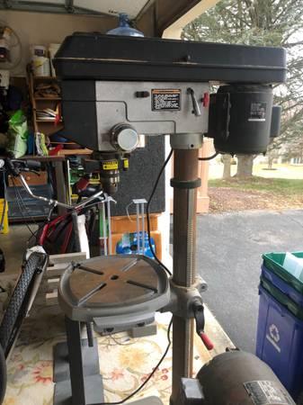 Photo Craftsman drill press 15 - $225 (York)