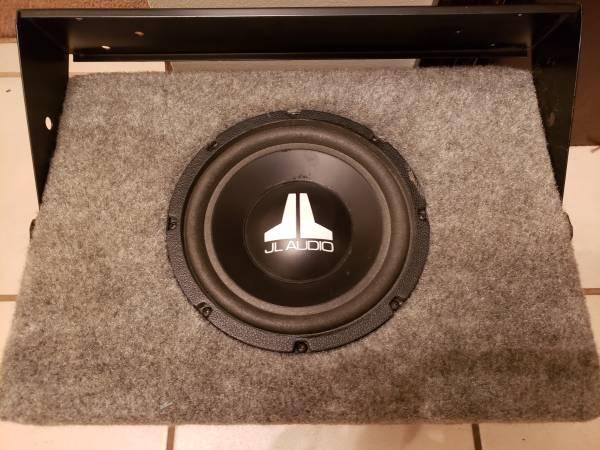 Photo JL Audio Subwoofer quotOld Schoolquot 8W1-4 - $110 (york)