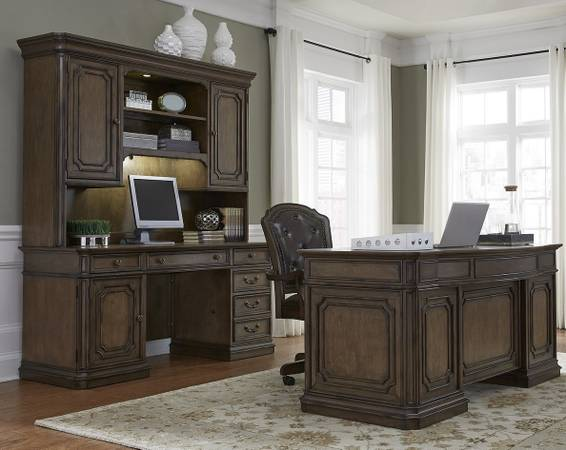 Photo Mahogany 3 Piece Desk Set ($2) Estate StyleAttention-Like NEW - $2,925 (York,Pennsylvania)
