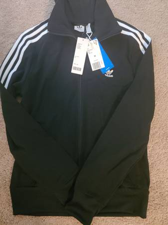 Photo New womens crop Adidas jacket - $40 (Dover)