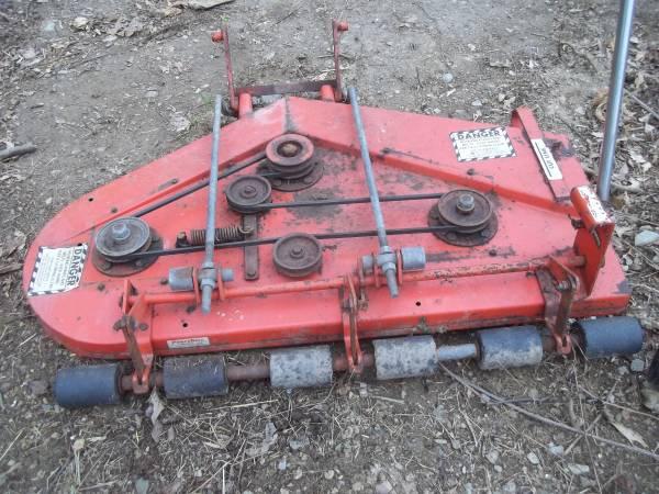 Photo Power King Mower Deck - $275 (Hellam)