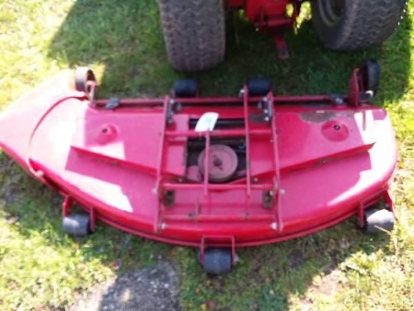 Photo Toro Wheel Horse Mower Decks 4239 4839 - $500 (malvern)
