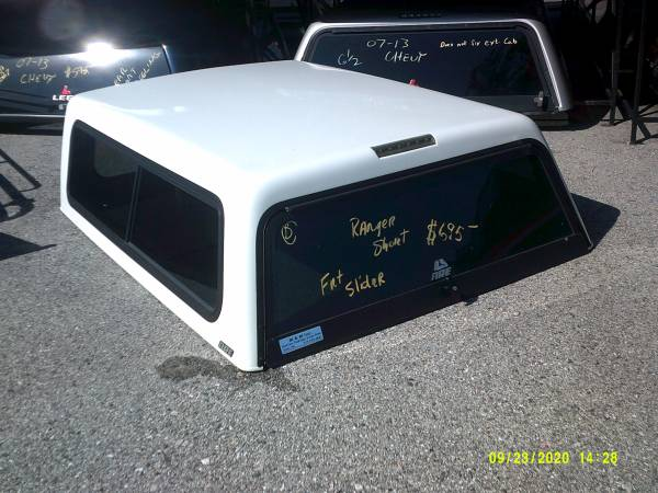 Photo Used ARE fiberglass truck cap fits Ford Ranger with a short bed - $695 (York , Pa)