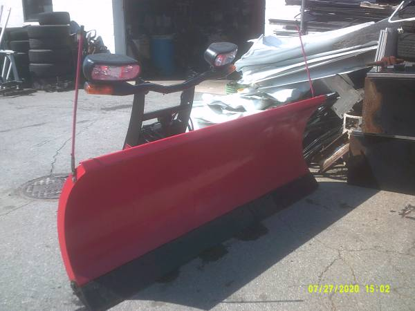 Photo Used Boss snow plow set up fits 2014 Chevy 1500 - $1995 (York , Pa)