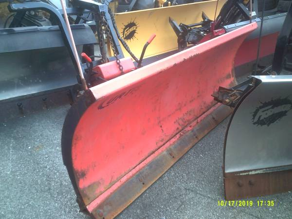Photo Used Curtis snow plow fits 2010 Ford 250 - $1,995 (York , Pa)