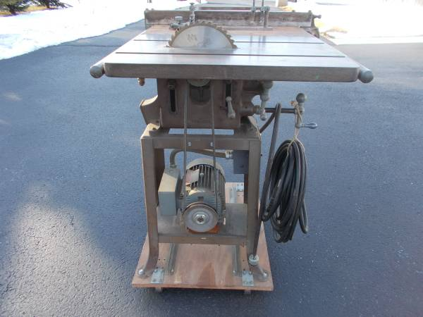 Photo Vintage Delta TCS-203 Industrial 10quot Tilting Table Saw. Fully Operatio - $495 (Gettysburg)