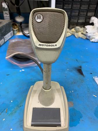 Photo Vintage Motorola Base Station Microphone - $20 (McSherrystown)