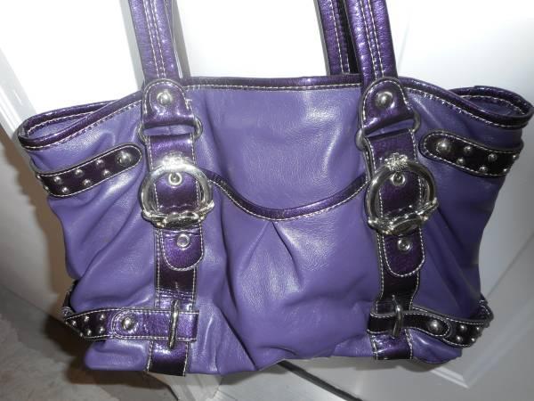 Photo purple kathy van zeeland - $25 (red lion)