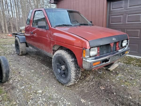 Photo 1997 Nissan hardbody truck