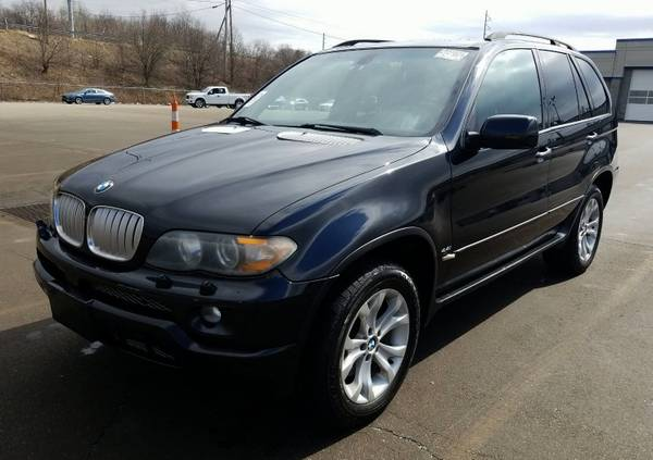 Photo 2006 BMW X5 AWD, 4.4L V8, clean, loaded, runs perfect, sharp, NICE - $4,995 (Youngstown)