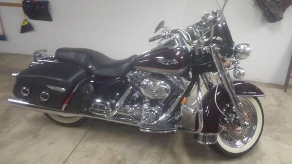 Photo 2007 Harley Davidson Road King Classic - $9,000 (leechburg)