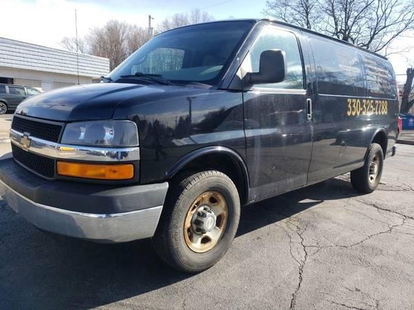 Photo 2012 Chevrolet Express Cargo 2500 3dr Cargo Van w 1WT - $8998 (Market St)