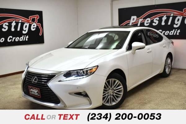 Photo 2017 Lexus ES 350 - $23,765 (1501 Vernon Odem Blvd Akron OH, 44320)