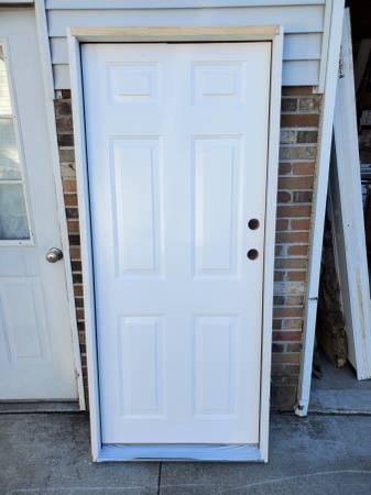 Photo 32quot x 74quot Prehung Right-Hand Inswing 6-Panel Steel Exterior SHORT DOOR - $175 (UNIONTOWN, OH)
