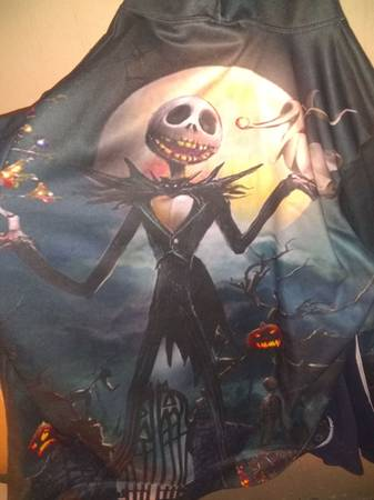 Photo 3d nightmare before Christmas hoodie - $40 (Youngstown)