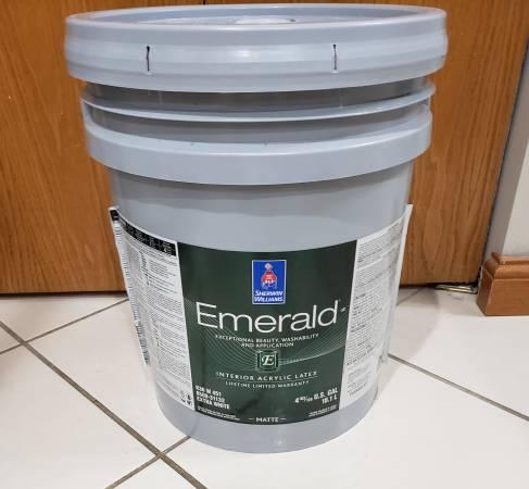 Photo 5 Gallon Bucket of Worldly Gray paint by Sherwin-Williams - $200 (Columbiana)