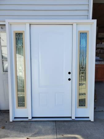 Photo 68quot Exterior Door Front Entry 3-Panel Steel Door w Sidelites - $1,000 (UNIONTOWN, OH)