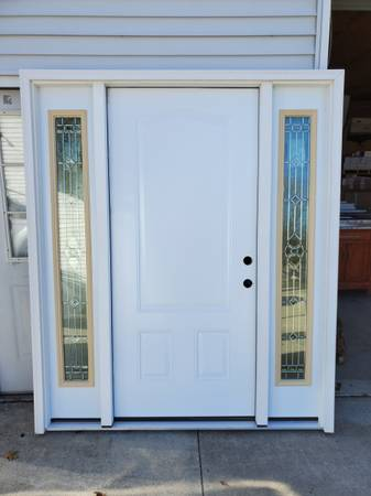 Photo 68quot Exterior Door Front Entry 3-Panel Steel Door w Sidelites - $950 (UNIONTOWN, OH)