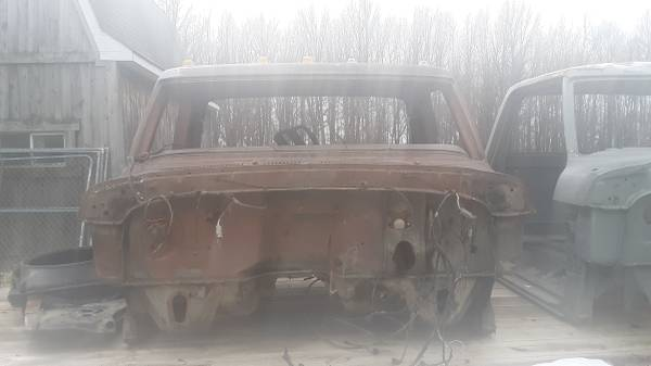 Photo 73-79 ford truck cab - $200 (West Middlesex)