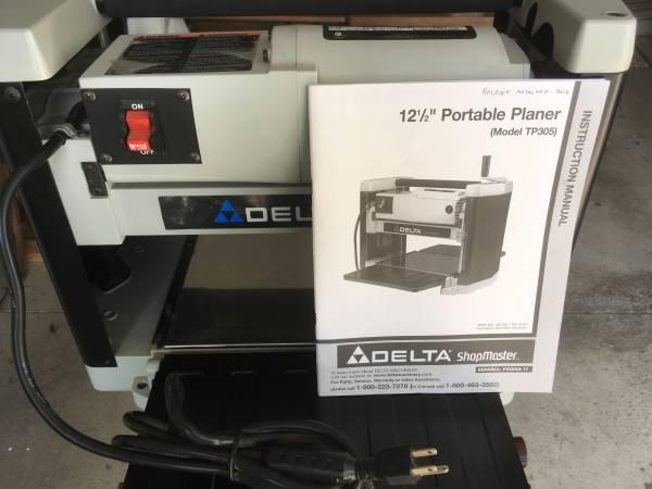 Photo Delta tp305 portable planer - $275 (Hubbard)
