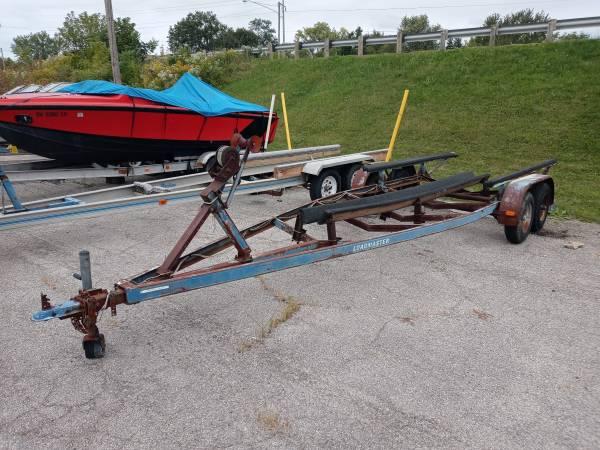 Photo Heavy duty 26.5ft inboard boat trailer tandem axels - $1,000 (Vermilion)