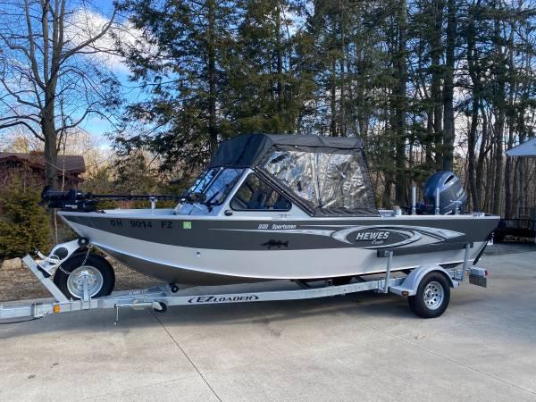 Photo Hewes Craft Sportsman 200 - $54,000 (Richfield, Ohio)