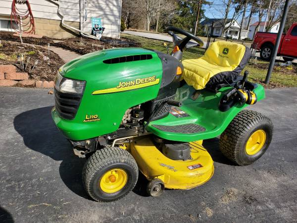 Photo John Deere L110 42quotriding mower - $600 (Leetonia)