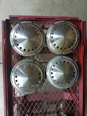 Photo Police car hubcaps.dukes of hazzard.mopar.dodge. - $120 (Pulaski)