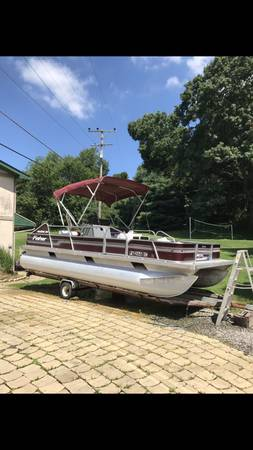 Photo REFINISHED 20 Fisher Freedom 200 Pontoon Boat - $9,000 (Sarver)