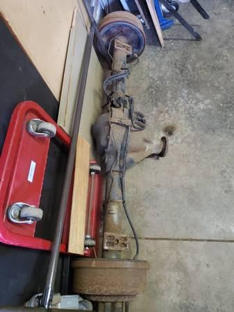 Photo Reduced 1 ton-34 ton rearend - $80 (Boardman)