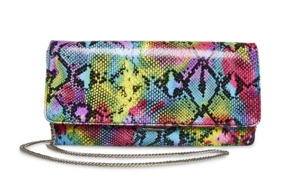 Photo STEVE MADDEN-BSUBLIME CLUTCH BRAND NEW(local sale ONLY) - $50 (YOUNGSTOWN)