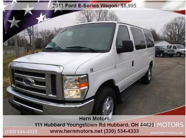 Photo SUPER CLEAN 2011 E-350 PASSENGER VAN NEW REDUCED PRICE LK - $8,495 (HUBBARD TOWNSHIP)