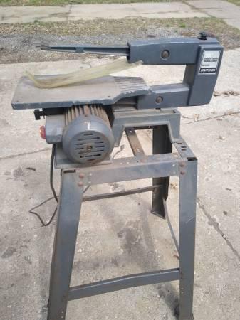 Photo Scroll Saw - Craftsman (Vintage) - $50 (WARREN)