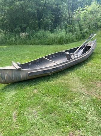 Photo Sportspal Canoe - $650 (Canfield)